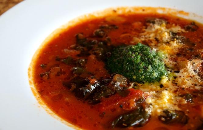 Tomato Kale Farro Soup