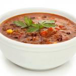 Chef Overlock & Chef Forkan's 3-Bean Vegan Chili